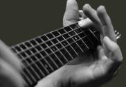 guitar_hand
